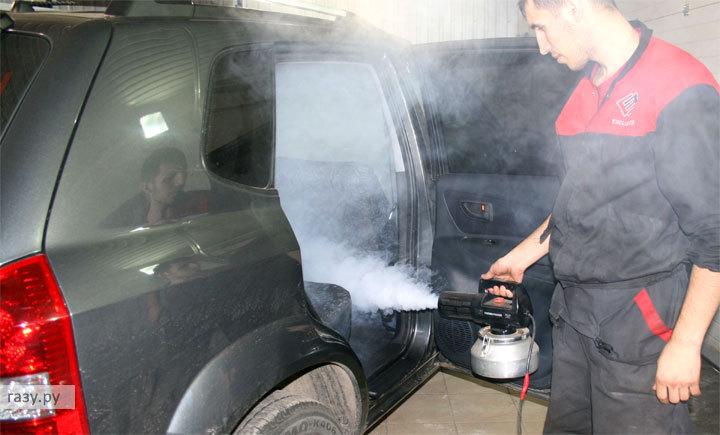 обработка автомобиля химией изнутри